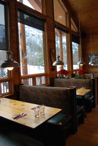 An image of tables at the Eagle's Landing Restaurant in June Lake, California
